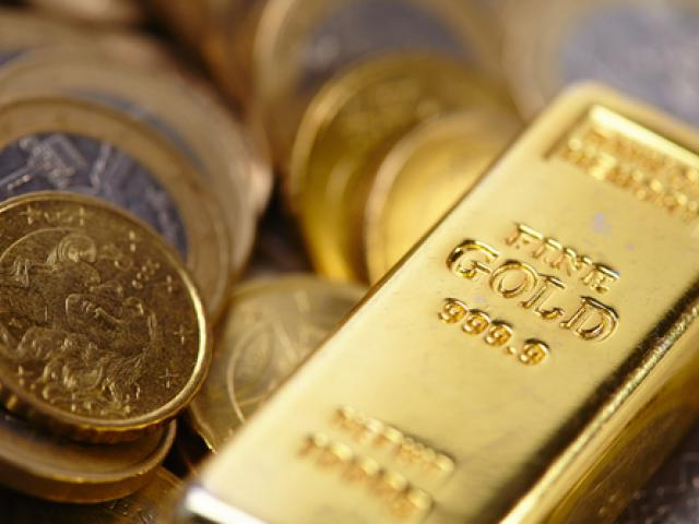Sterling tumbles, Euro slips while Gold fumbles