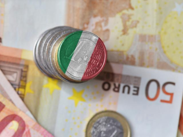 Euro Rebounds After Italian Prime Minister Resigns